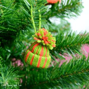 Mini Yarn Hat Christmas Craft ideas